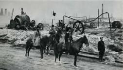 Oil field in Baku, Azerbaijan, back in 1905.