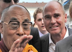 Dr. Hubertus Hoffmann, President of the independent World Security Network Foundation met His Holiness, the 14th Dalai Lama in Wiesbaden,…