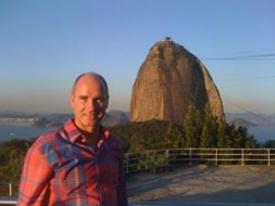 World Security Network President Dr. Hubertus Hoffmann traveled for three weeks through Brazil, here below the Sugarloaf in Rio de…
