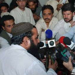 Baitullah Mehsud (left) is one of Pakistan's most feared militants