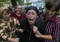 Mourning after the massacre in Beslan.