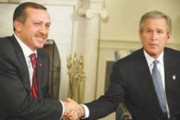 US President George W. Bush (R) meets Turkish Prime Minister R. Tayyip Erdogan.