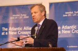 NATO Secretary General, Joop de Hoop Scheffer (The Netherlands), fighting for solidarity