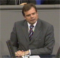 """Dr. Pflüger in the Bundestag:""""Global responsibilities for Europe"""""""