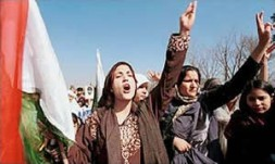 Kashmir separatists announce poll move