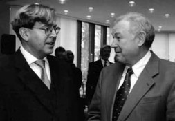 """Dr. Udo Ulfkotte with the designated Bavarian Prime Minister Günther Beckstein: """"The Muslim Brotherhood pretends to be a partner for…"""
