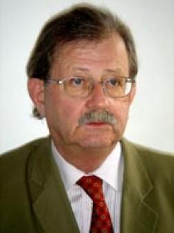 Wolfgang Plasche